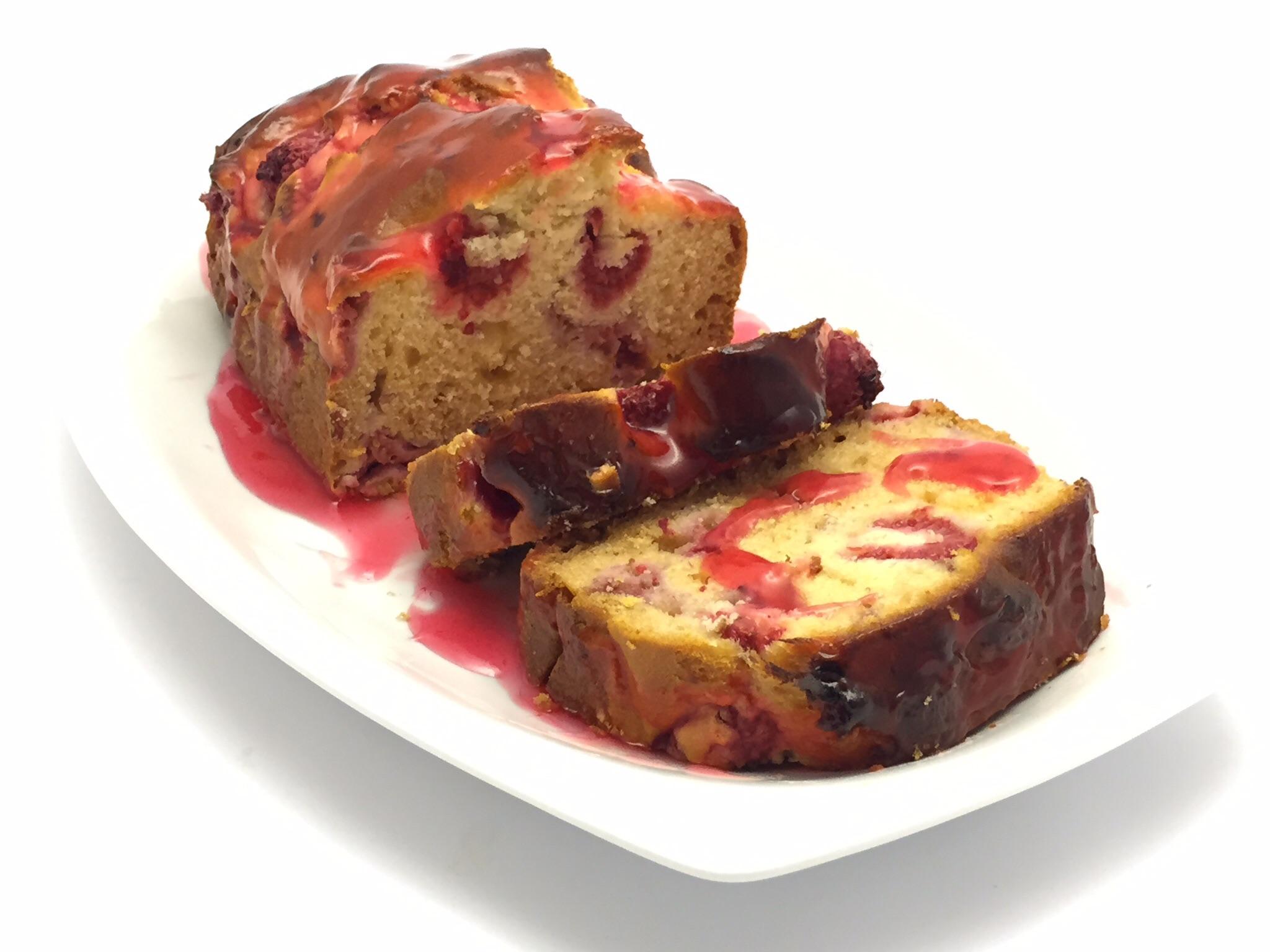 22 giugno 2015  - Plumcake senza glutine ai lamponi con glassa al miele