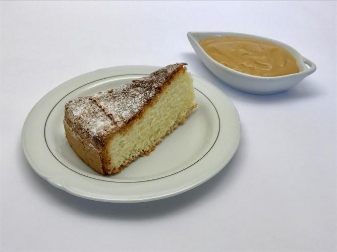 26 maggio 2017  - La Sabbiosa, torta mantovana senza glutine e la crema di kefir al cappuccino